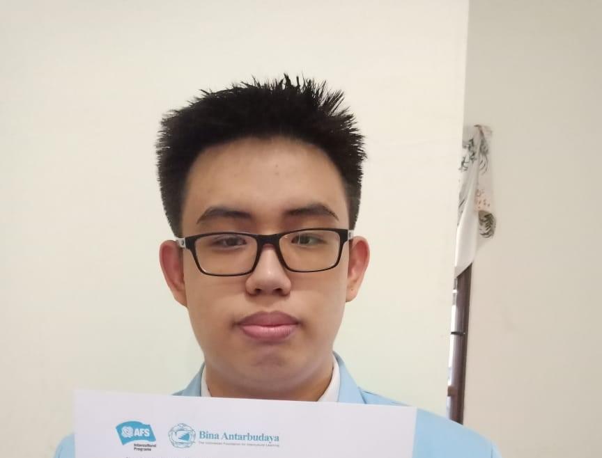 Marcell Jonathan (11 MIPA C): Penerima Beasiswa Penuh Kennedy Lugar Youth Exchange and Study (YES) Program 2021/2022